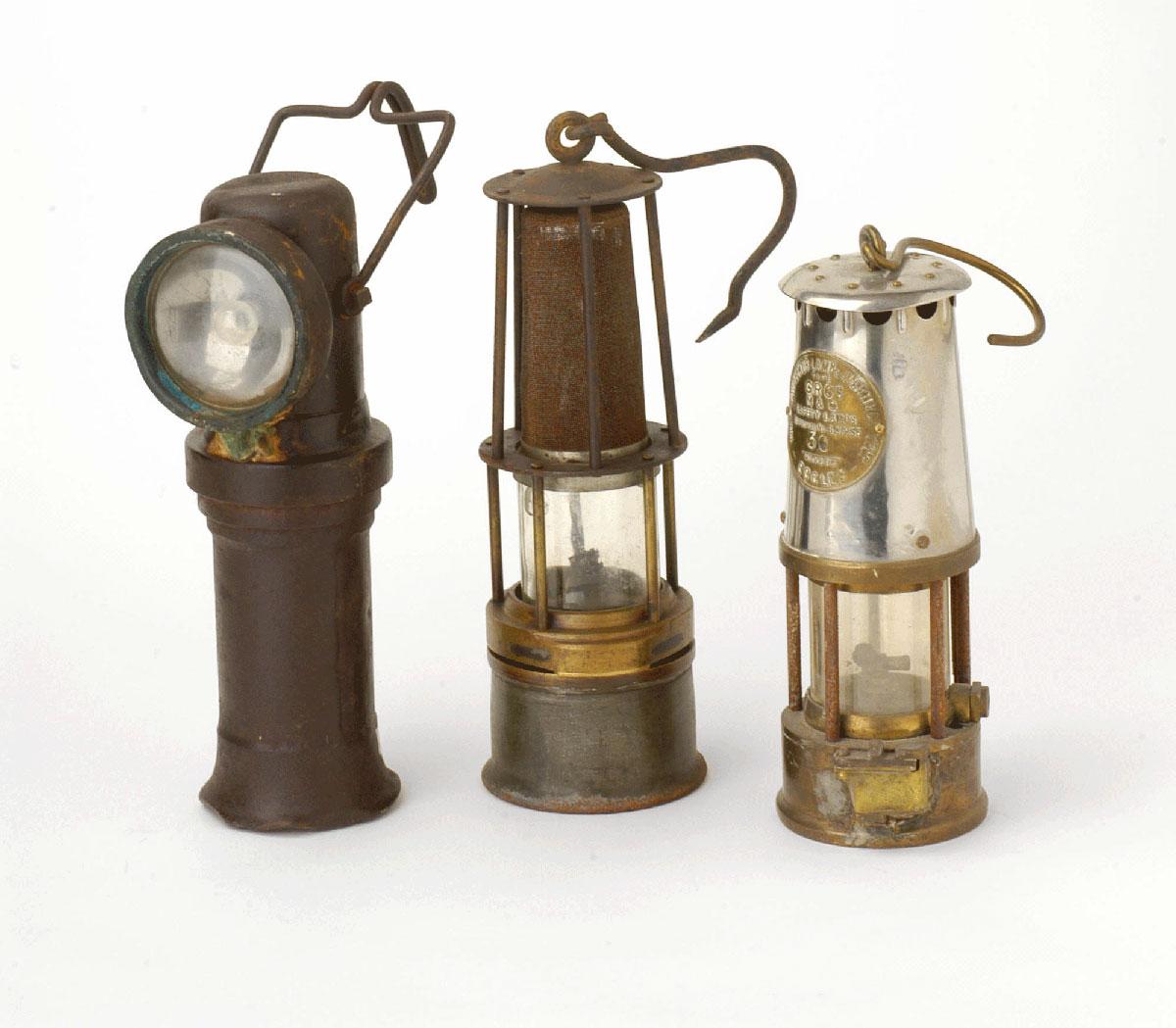 Lume da miniera lume lampada ad olio in ottone brunito da for Cerco lampade a led